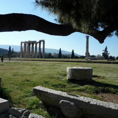 Athenes acropole olympieion