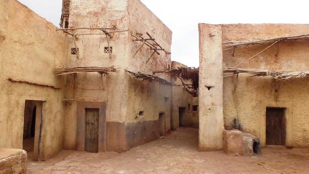 Décors village mulsuman