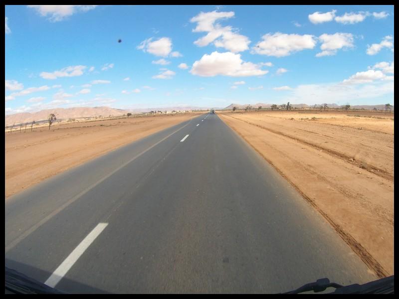 route dans le sable